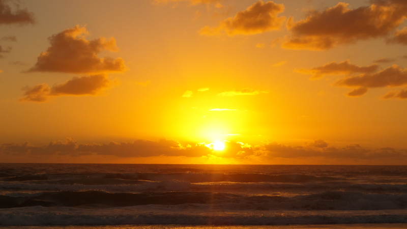 sunrise, sun rising at the beach, gold coast, new beginnings